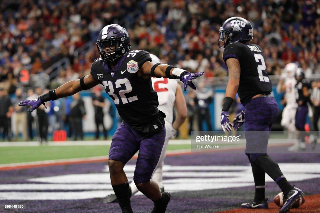 Valero Alamo Bowl - Stanford v TCU : News Photo