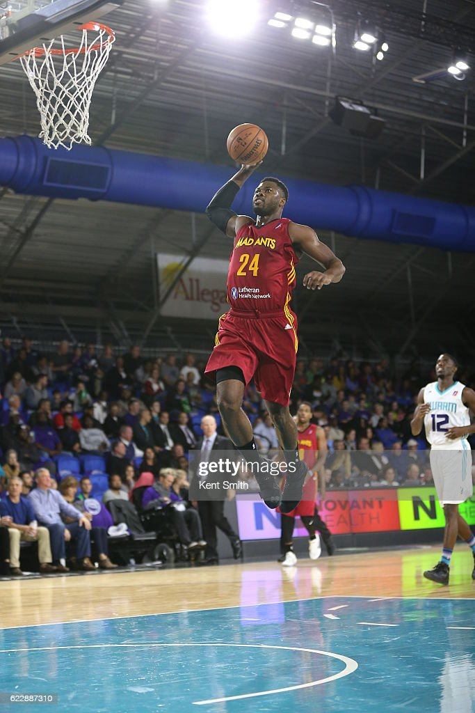 Fort Wayne Mad Ants v Greensboro Swarm