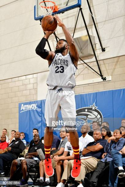 Travis Leslie of the Indiana Pacers shoots the ball during the game against the Orlando Magic during the 2017 Orlando Summer League on July 1 2017 at...