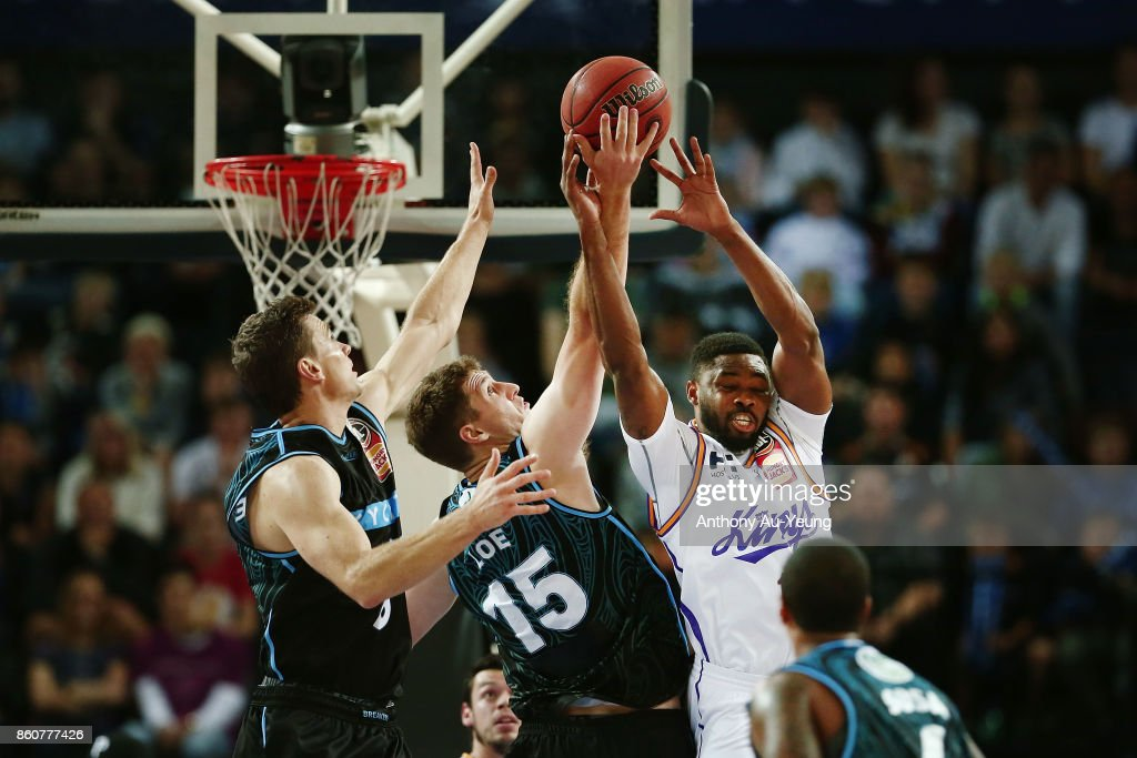 Travis Leslie of the Kings competes for a rebound against Rob Loe of the Breakers during the round two NBL match between the New Zealand Breakers and the Sydney Kings at Spark Arena on October 13, 2017 in Auckland, New Zealand.