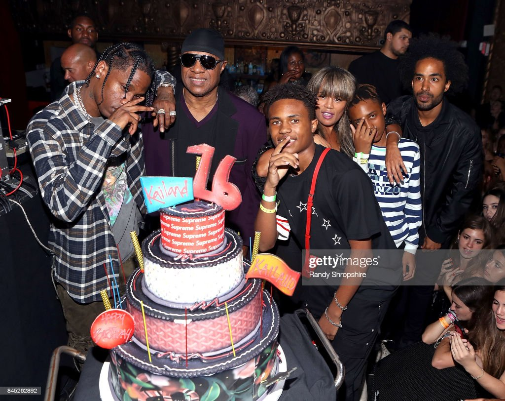Kailand's Swaggy 16th Birthday Party : News Photo