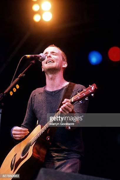 Travis Singer Fran Healy performs on stage United Kingdom 1998