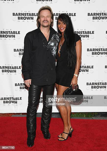 Travis Tritt and Theresa Tritt attend the Barnstable Brown Party Celebrating The 135th Kentucky Derby at Barnstable Brown House on May 1 2009 in...