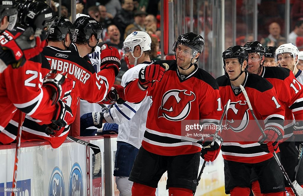 sale retailer 93bd4 09197 Travis Zajac of the New Jersey Devils celebrates against the ...