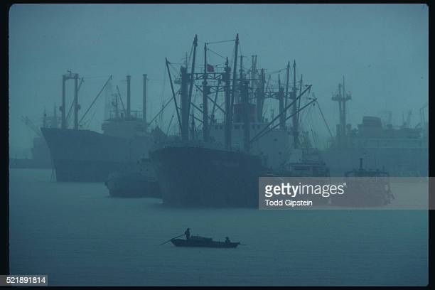 trawlers in guangzhou - gipstein stock pictures, royalty-free photos & images