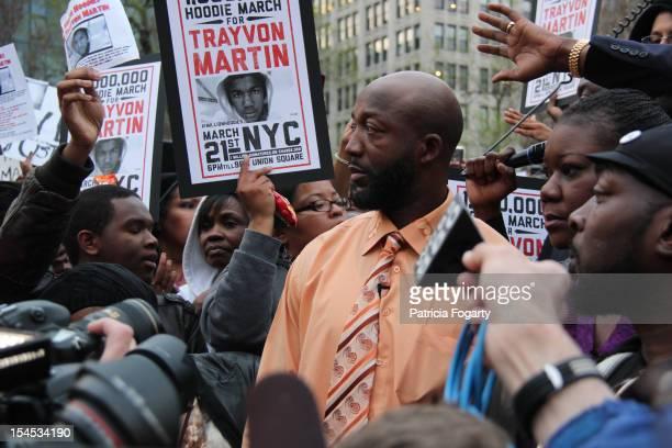 Trayvon Martin's parents at New York rally for slain son