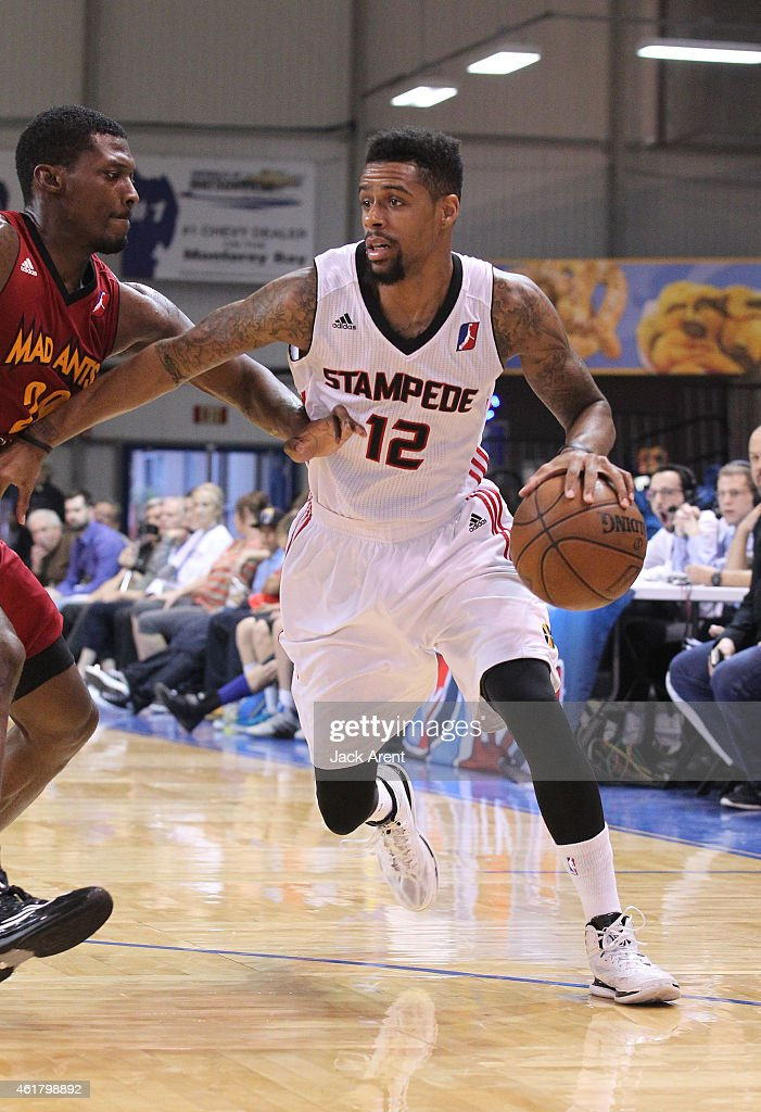 Tre Bussey #12 of the Idaho Stampede dribbles the ball against the Fort Wayne Mad Ants during 2015 NBA D-League Showcase presented by SAMSUNG on January 19, 2015 at Kaiser Permanente Arena in Santa Cruz, California.