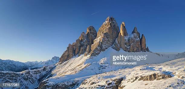 トレチーメディラバレード(ドロミテ(イタリア) - トレチーメディラバレード ストックフォトと画像