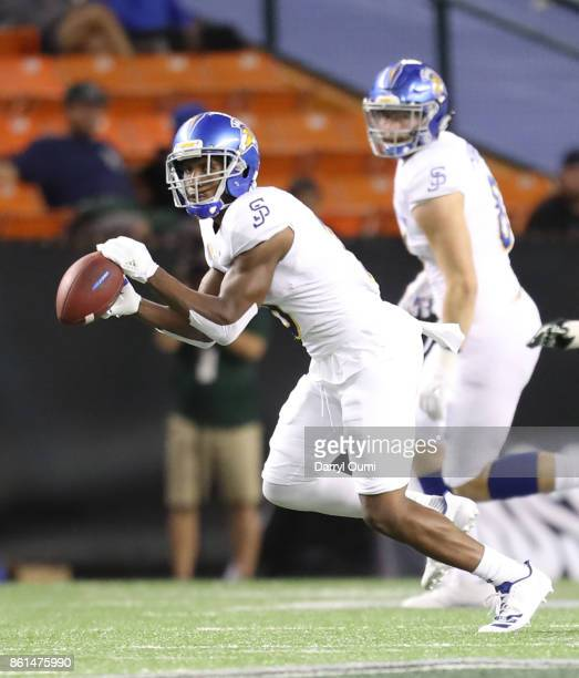 Tre Hartley of the San Jose State Spartans makes a catch during the second quarter of the game against the Hawaii Rainbow Warriors at Aloha Stadium...