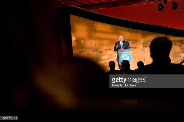 Treasury Secretary Henry Paulson makes remarks at the Fortune 500 Forum at The RitzCarlton Hotel on December 1 2008 in Washington DC The Forum brings...