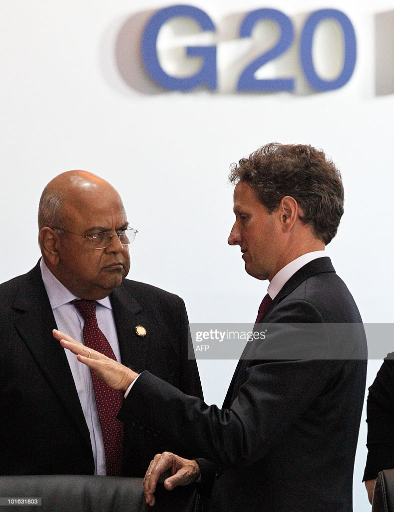US Treasury Secretary Timothy Geithner (R) chats with South Africa Finance Minister Pravin Gordhan (L) during a break at the G20 Finance Ministers and Central Bank Governors Meeting in Busan on June 5, 2010. Finance ministers from the world's leading nations sought to narrow differences on key banking reforms, wrapping up a two-day meeting aimed at safeguarding fragile economic recovery.
