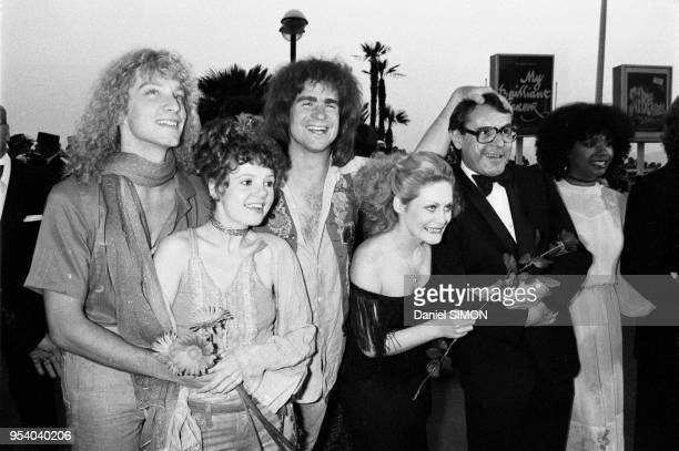 Treat Williams Annie Golden Beverly D'Angelo Milos Forman et Cheryl Barnes membres du film 'Hair' lors du Festival de Cannes le 10 mai 1979 France