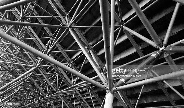traliccio - truss - construction frame stock pictures, royalty-free photos & images