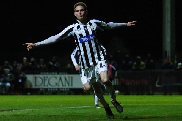 AUS: FFA Cup Round of 16 - Moreland Zebras FC v Magpies Crusaders FC