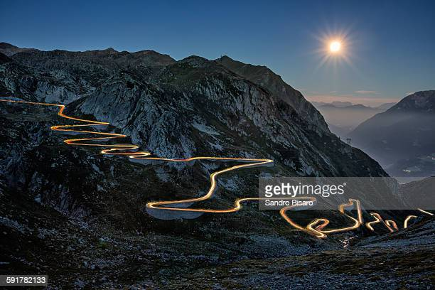 tremola road at night with traffic lights - mountain pass stock pictures, royalty-free photos & images
