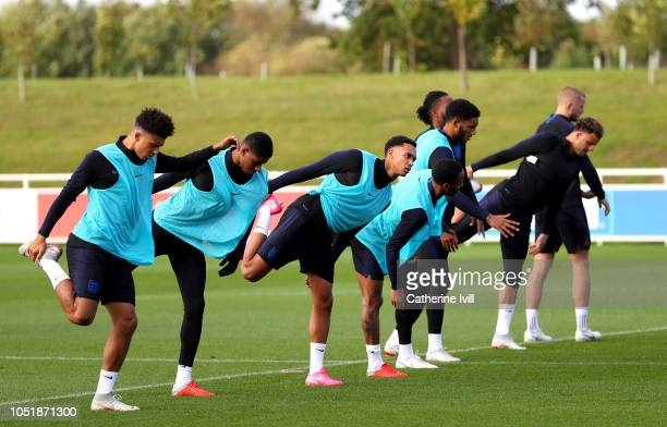 Trent AlexanderArnold of England warms up during the England Training Session at St Georges Park on October 11 2018 in BurtonuponTrent England