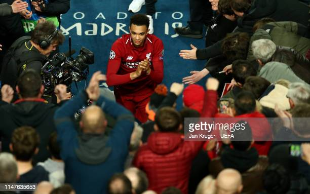 Trent AlexanderArnold of Liverpool celebrates after the final whistle during the UEFA Champions League Semi Final second leg match between Liverpool...