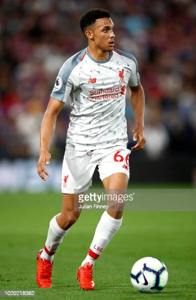 Trent AlexanderArnold of Liverpool controls the ball during the Premier League match between Crystal Palace and Liverpool FC at Selhurst Park on...