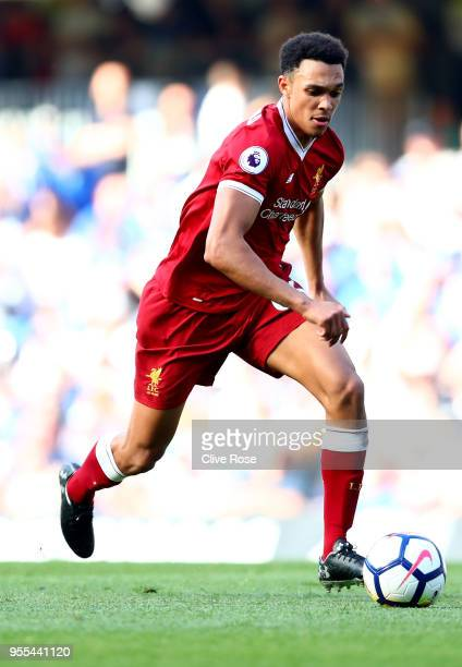 Trent AlexanderArnold of Liverpool in action during the Premier League match between Chelsea and Liverpool at Stamford Bridge on May 6 2018 in London...