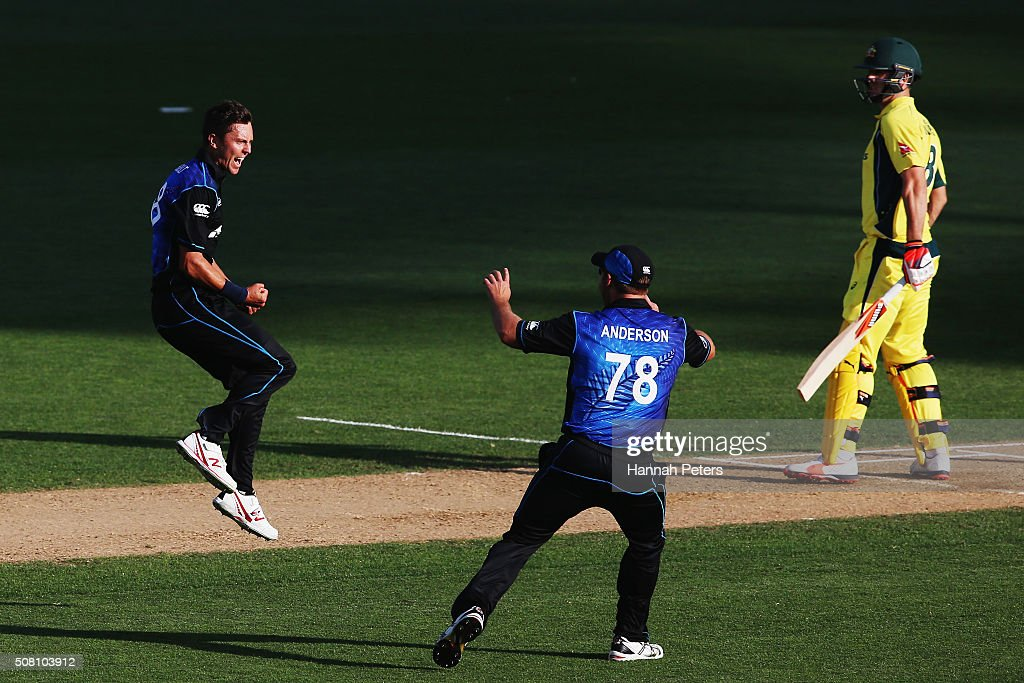 Trent Boult of the Black Caps celebrates the wicket of Mitchell Marsh of Australia with Corey Anderson of the Black Caps during the One Day International match between New Zealand and Australia at Eden Park on February 3, 2016 in Auckland, New Zealand.
