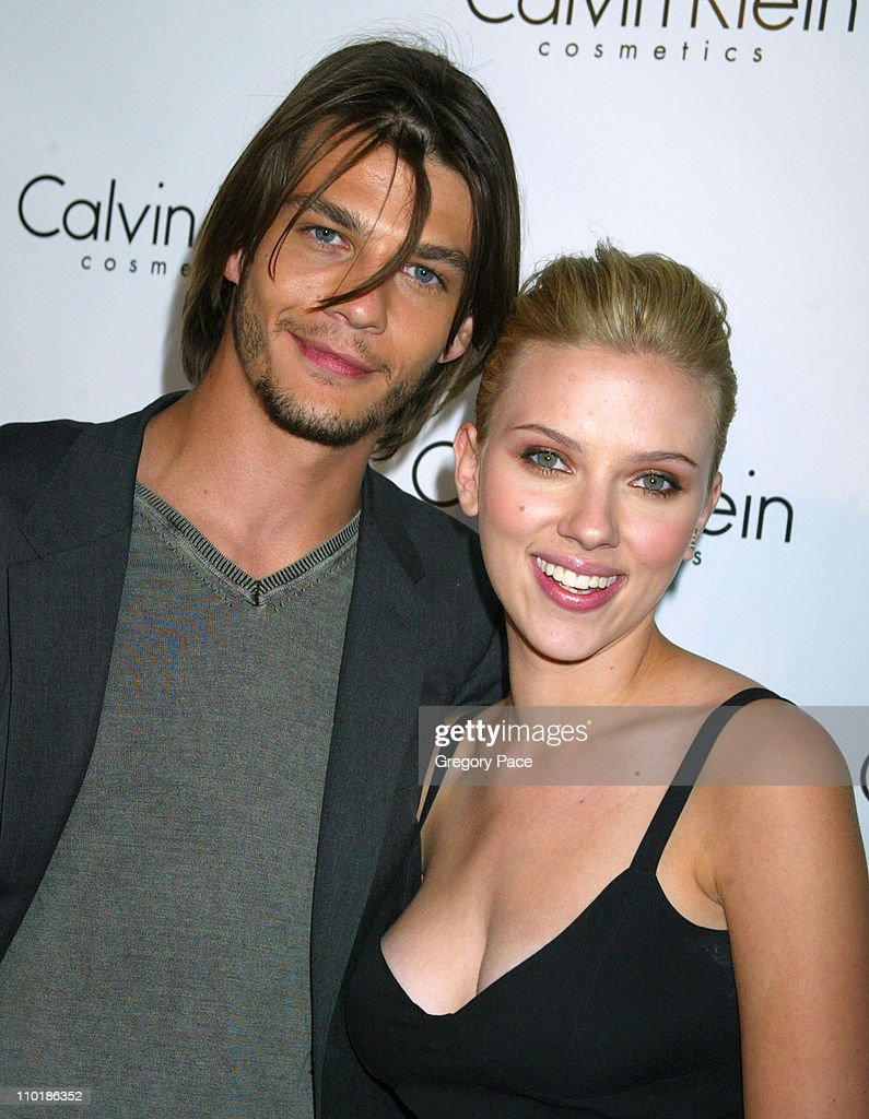 Klein Ford And During Calvin Launch Trent Scarlett Johansson Party wkuXZiOTP