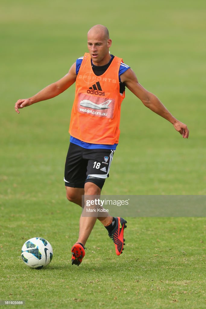Trent McClenahan passes during a Sydney FC A-League training session at Macquarie Uni on February 18, 2013 in Sydney, Australia.