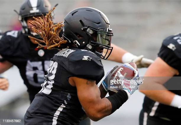 Trent Richardson of the Birmingham Iron runs with the ball during the first half against the San Antonio Commanders in an Alliance of American...
