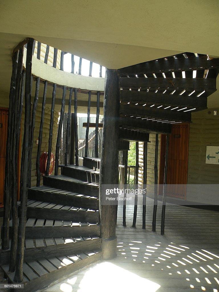 """Treppe in Lodge im """"Tsavo West Nationalpark"""", Kitani-Region, zwischen Mombasa und Na : News Photo"""