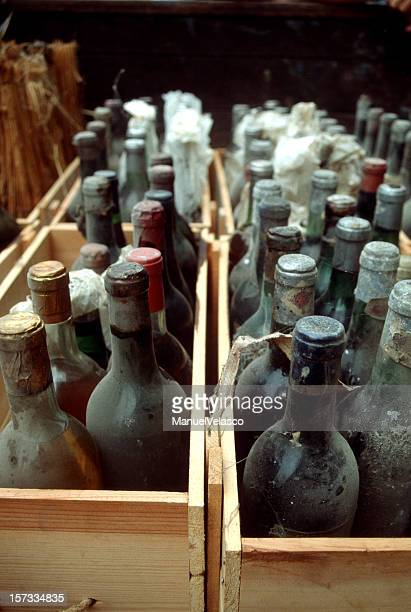 tresaure (rioja wine) - 1900 stock pictures, royalty-free photos & images