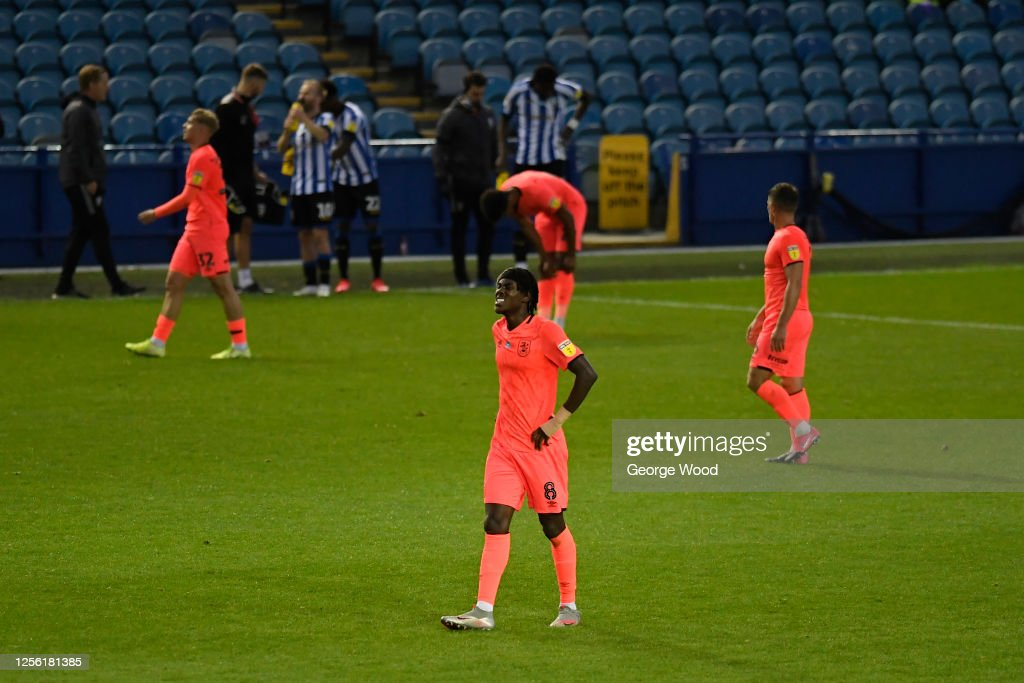 Sheffield Wednesday v Huddersfield Town - Sky Bet Championship : News Photo