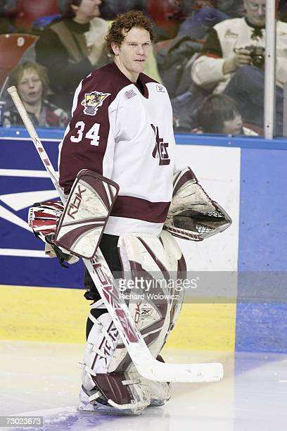 Trevor Cann of Team BowmanDemers waits during the introduction ceremony at the 2007 Home Hardware CHL/NHL Top Prospects Skills Competition at Colisee...