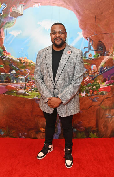"""GBR: """"Moley"""" Animated Series - Red Carpet Premiere - VIP Arrivals"""