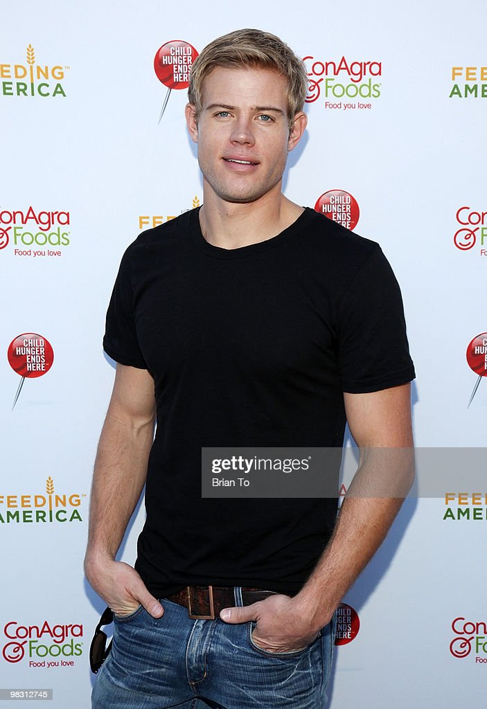 Trevor Donovan attends 'Child Hunger Ends Here' neighborhood celebrity rally on Wisteria Lane at NBC Universal lot on April 7, 2010 in Universal City, California.