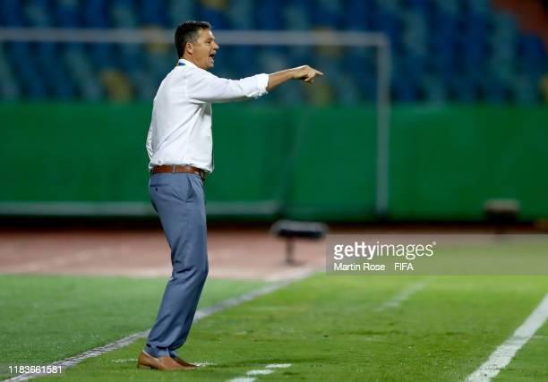 Trevor Morgan, head coach of Australia gestures the FIFA U-17 World Cup Brazil 2019 Group B match between Ecuador and Australia at Estadio Olimpico...
