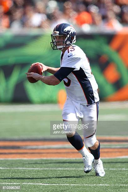 Trevor Siemian of the Denver Broncos throws a pass during the second quarter of the game against the Cincinnati Bengals at Paul Brown Stadium on...