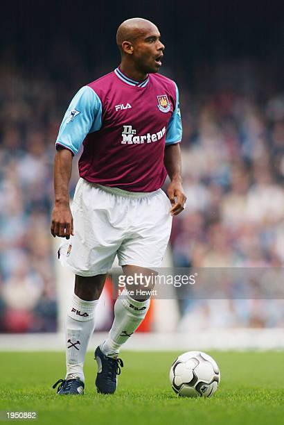 Trevor Sinclair of West Ham United runs with the ball during the FA Barclaycard Premiership match between West Ham United and Middlesbrough held on...