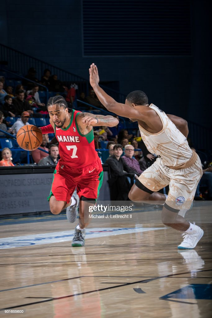 Trey Davis #7 of the Maine Red Claws handles the ball against the Delaware 87ers during a G-League game on March 13, 2018 at the Bob Carpenter Center in Newark, Delaware.