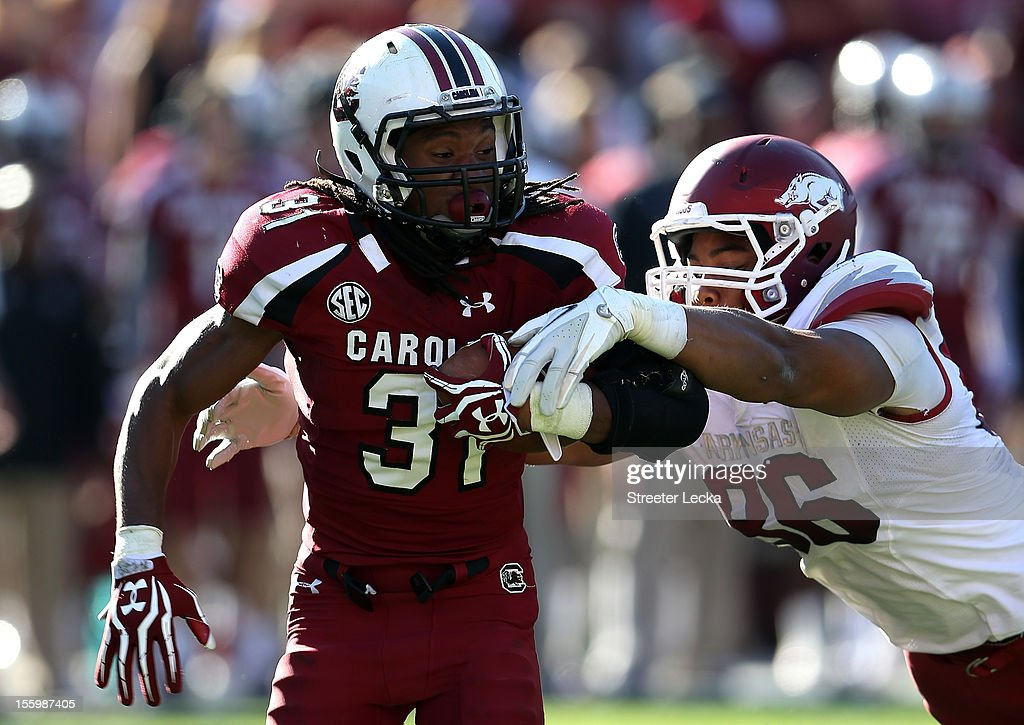 Arkansas v South Carolina : News Photo