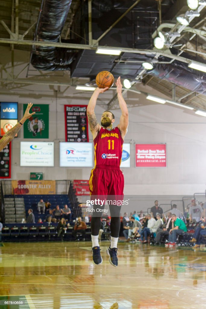 Fort Wayne Mad Ants v Maine Red Claws