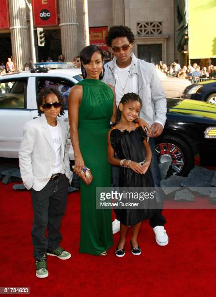 Trey Smith actor Jaden Smith actress Willow Smith and actress Jada Pinkett Smith arrive to the Premiere of Sony Pictures' 'Hancock' at Grauman's...
