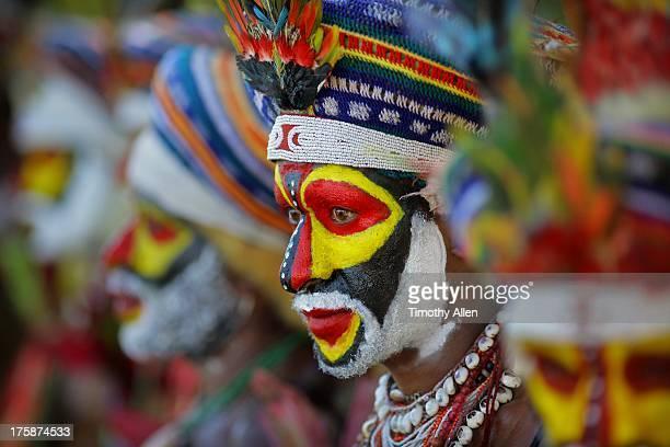 Tribal dance at Mount Hagen Festival