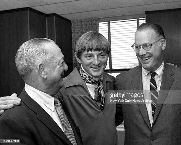 Tribe Feathers His NestFlanked by Indians' GM Gabe Paul and baseball commissioner Bowie Kuhn mod Ken Harrelson smiles a winner's smile at the...