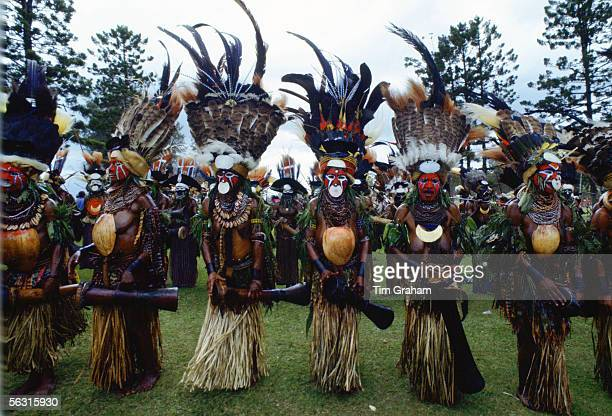 Tribes people in war paints at gathering of tribes Mount Hagen Papua New Guinea South Pacific