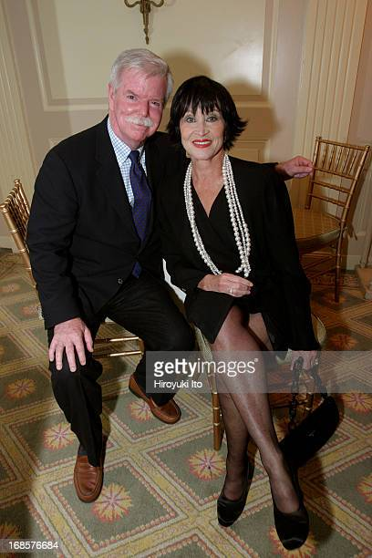 'Tribute to Bobby Short' a cocktail party at the Carlyle Hotel on Tuesday night May 3 2005This imageFrom left Frank Bowling and Chita Rivera