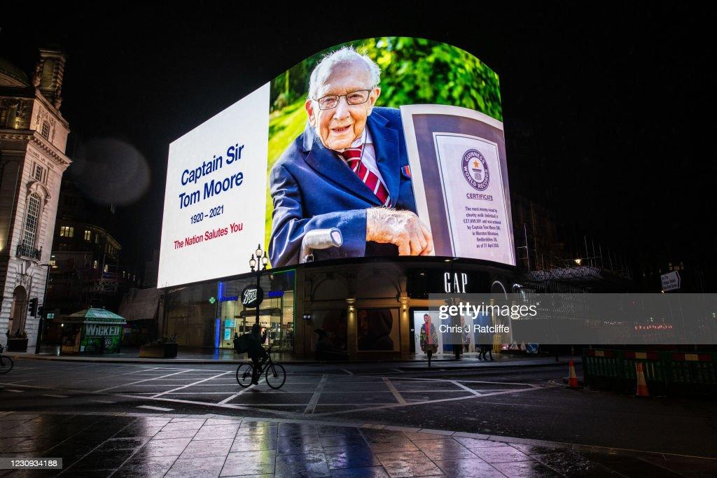 Captain Sir Tom Moore Dies Aged 100 With Coronavirus : News Photo