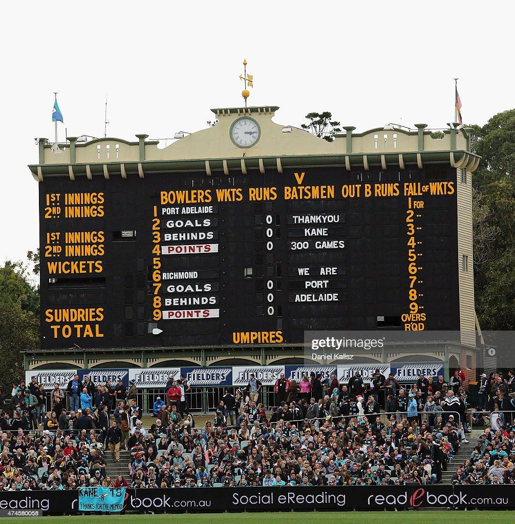 AFL Rd 8 - Port Adelaide v Richmond : News Photo