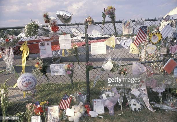 Tributes To John Kennedy Jr Carolyn Bessette and Lauren Bessette