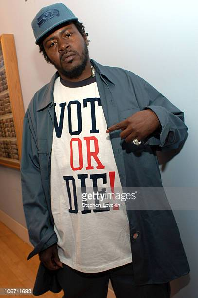 Trick Daddy during Sean P Diddy Combs Rachel Bilson Rosario Dawson and Trick Daddy Visit MTV's TRL November 2 2004 at MTV Studios Times Square in New...