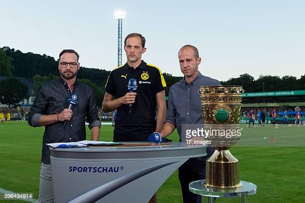 Trier Germany DFBPokal 1 Runde SV Eintracht Tier 05 BV Borussia Dortmund 03 Matthias Opdenhoevel Trainer Thomas Tuchel und Mehmet Scholl