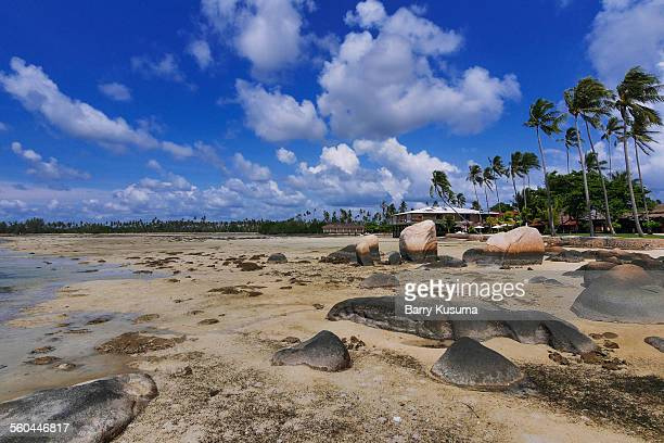 trikora beach bintan - riau images stockfoto's en -beelden